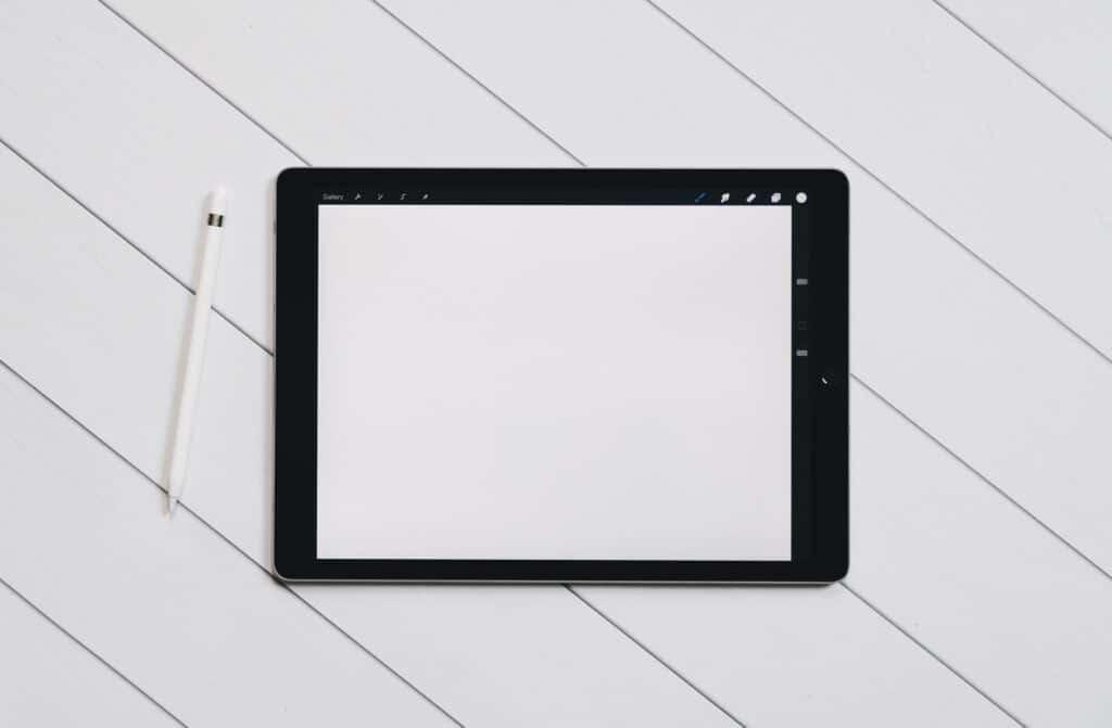 An iPad and Apple pencile